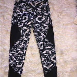 Old Navy activewear leggings